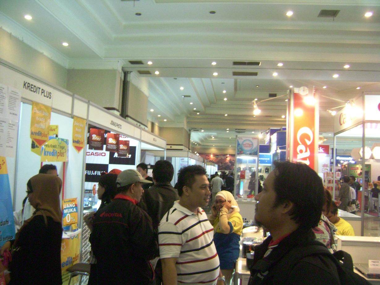 FKI 2012 Bandung, the crowd